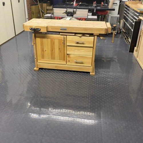 Duramat UK - Gridlock Garage Floor Tiles In Workshop 30cm (Grey)